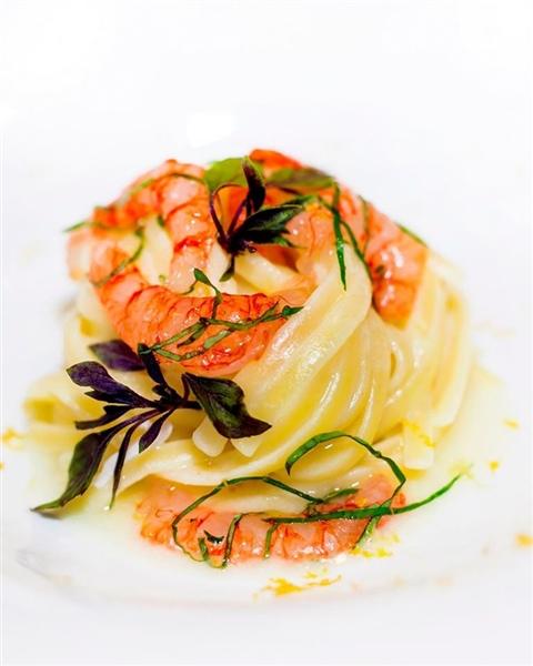 Linguine Leonessa mantecate al limone #ChefPorpora #PastabarLeonessa #Primavera #Agrumi #Mare #SapienzaNapoletana #PastificioLeonessa #Naples