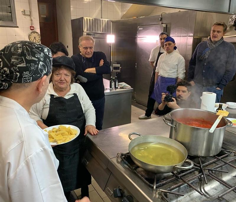 #FoodClub.it #PastaLeonessa #SapienzaNapoletana in vista di Carnevale su FoodClub.it le ricette di lasagna, tortano e migliaccio con il giornalista Tommaso Esposito e il team FoodClub
