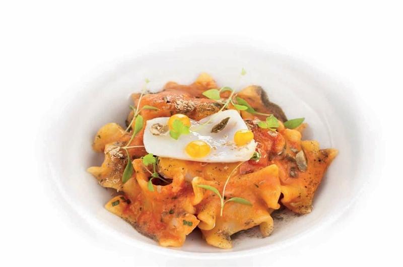 Mafaldelle al ragù di baccalà, capperi ed arancia. Chef Peppe Stanziane dal Ristorante Stellato Glicine, Hotel Santa Caterina Amalfi coast