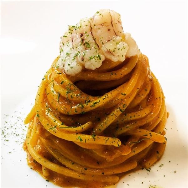 Spaghettoni Leonessa canocchie e cremoso di peperone arrosto - Chef Angelo Bianco