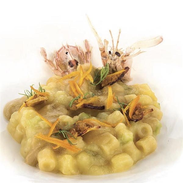 Calendario Leonessa 2020 - mese dicembre - Ditaloni Leonessa con patate, canocchie e mandarino. Chef Pasquale De Simone del ristorante O'Break di Napoli