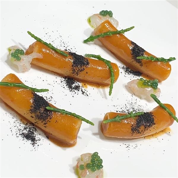 Buona Domenica con una piatto stellato dello chef Felix Lo Basso - Maccheroni agli scampi