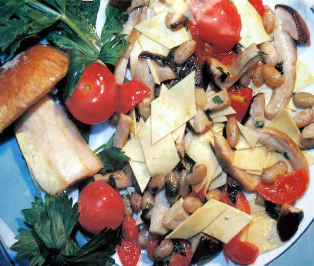 Lagane with porcini mushroom e borlotti