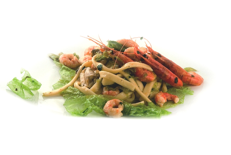 Scialatelli with oysters, seaweeds and prawns