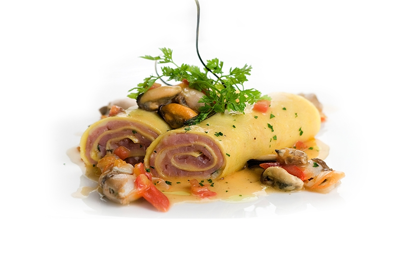 Cannelloni of tuna and seafood