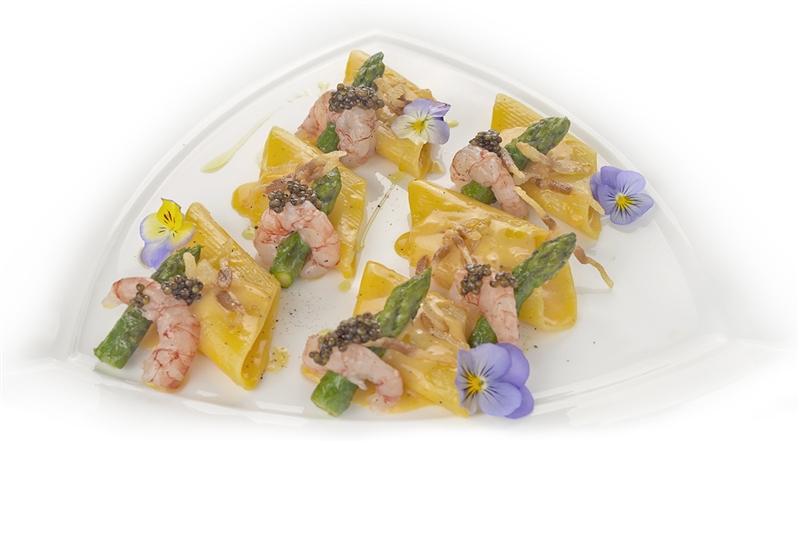 Leonessa Bombardoni Rigati pasta with asparagus, shrimp and Kaluga amur caviar
