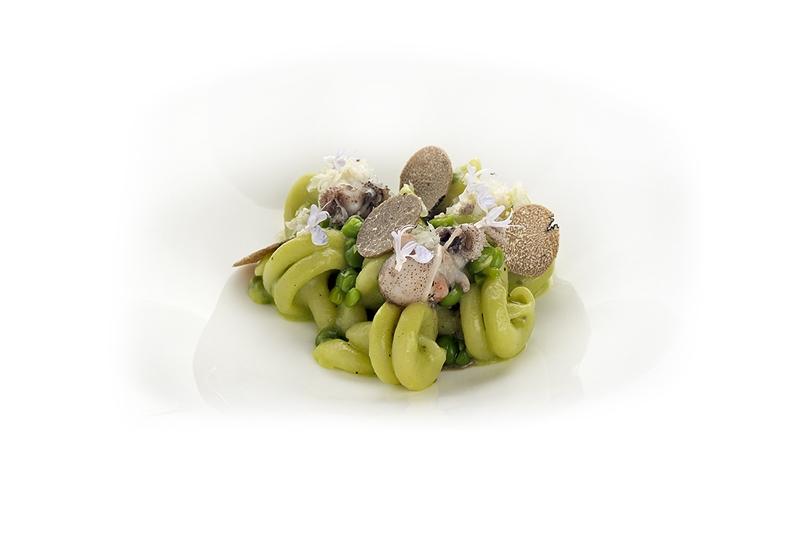 Leonessa Nodini pasta, baby peas & squid and black truffle