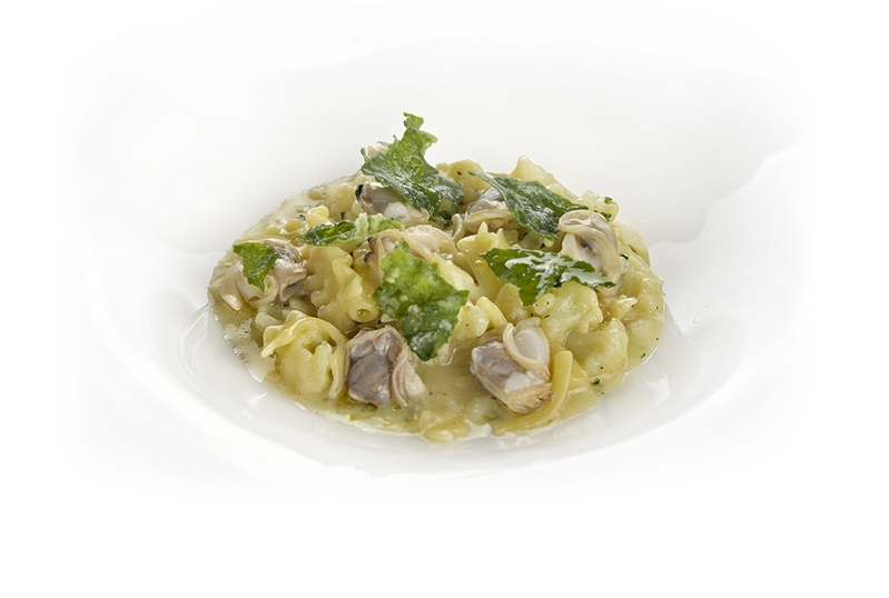 Pasta Mista  con cavolfiori, tartufi e lattuga di mare