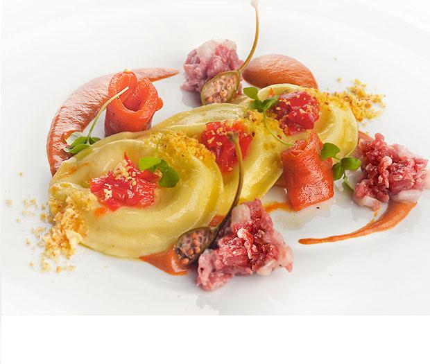 """Panciotti...mozzarella e peperone """"mbuttunato"""""""