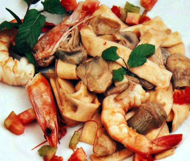 Scialatielli with prawns and artichokes and mint